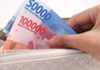 mengelola gaji bulanan
